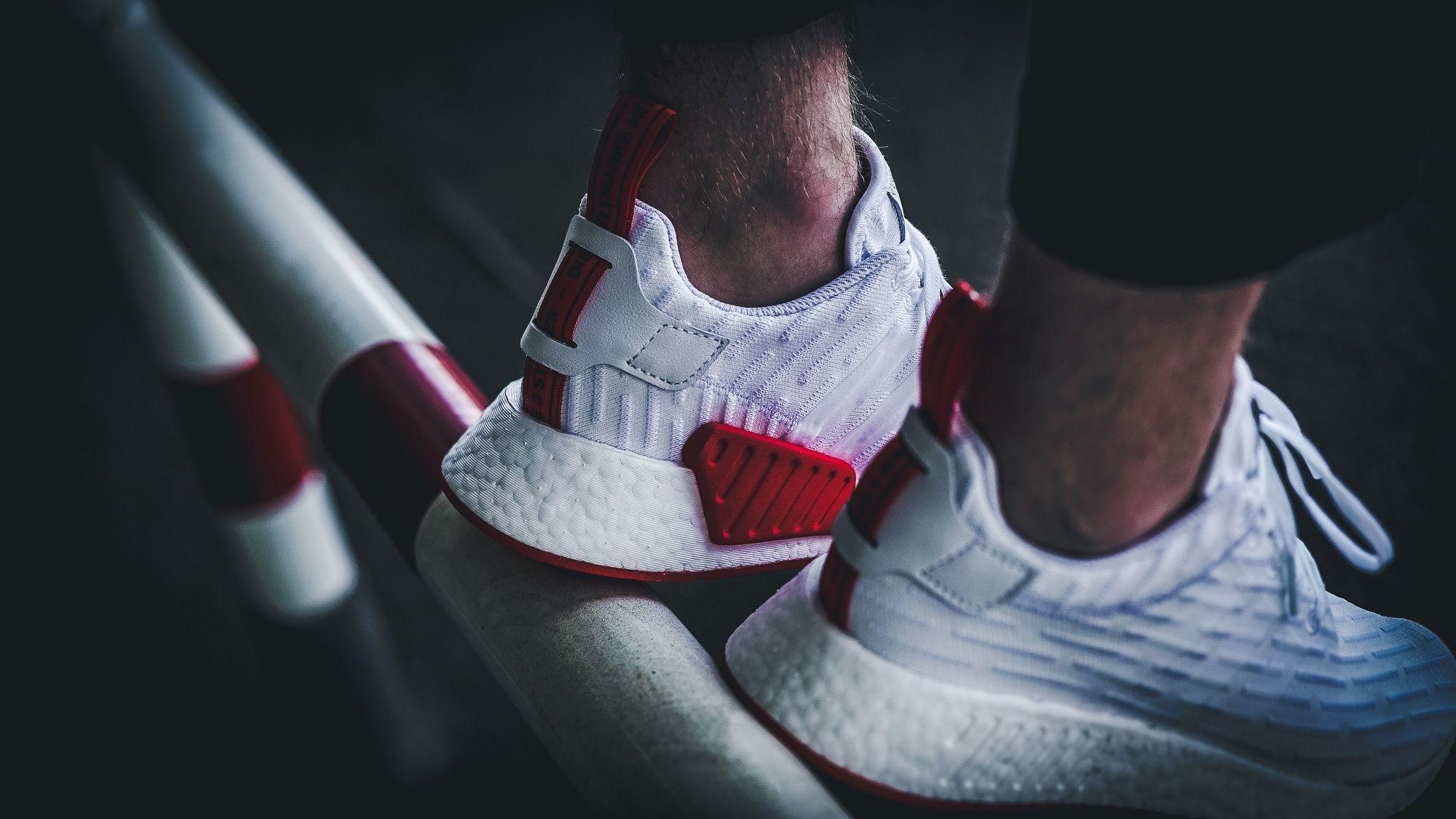 adidas-nmd_r2-pk-white-red-ba7253-mood-2