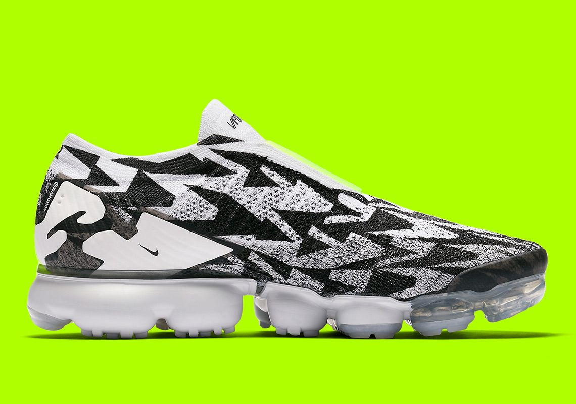 acronym-nike-vapormax-moc-aq0996-001-official-images-1