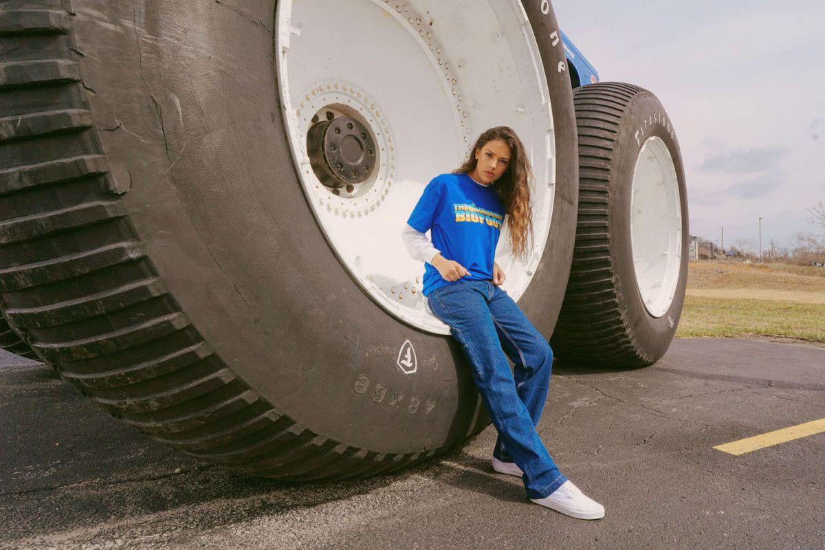 the-hundreds-bigfoot-capsule-03-1200x800