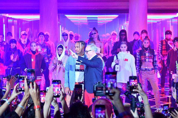 Tommy Hilfiger celebra la colección sustentable TommyxLewis primavera 2020